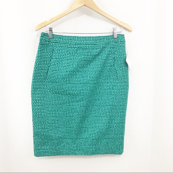 Halogen Dresses & Skirts - Halogen Pencil Skirt with Pockets Triangle Print